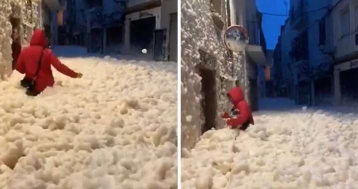 As Storm Gloria Continues Crushing Spain, Mallorca Get Hits By Huge Thunderbolts, And Another Town Is Dazzled With Foam!