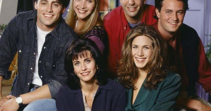 'Friends' Crew Officially In Final Negotiations To Star For Reunion Special