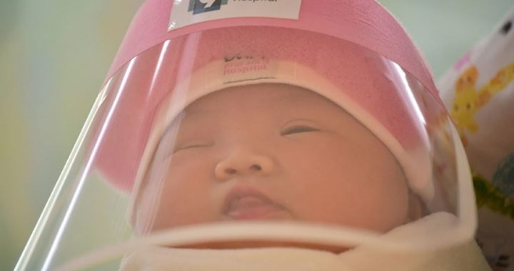 Newborns In Thailand Are Getting Face Shields To Protect Them From The COVID-19, And It's Such A Pity!